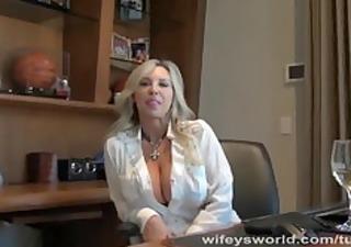 wifeworld secretary