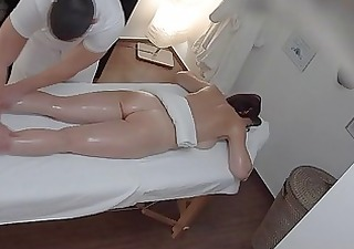 busty mother i gets screwed during massage