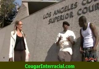 interracial sex - hawt cougar d like to fuck
