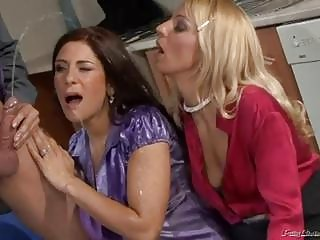 nasty milfs in hawt peeing threesome scene!