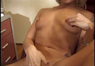 horny secretary receives bored and starts rubbing