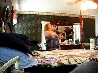 hidden cam of friends mommy