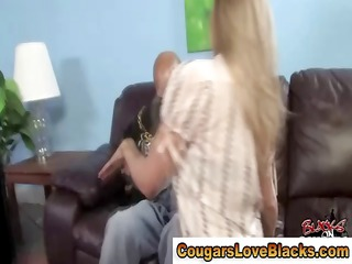 hungry cougar babe receives interracial weenie
