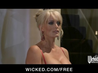 sexy blonde milf stormy daniels acquires drilled