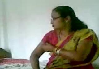 assamese aunty from vip road six mile guwahati
