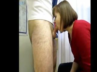 oral-stimulation mom