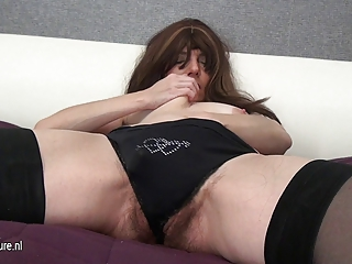 hairy mature mother and her biggest toy