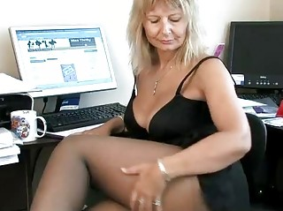secretary housewife fingering her older twat