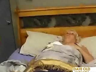 fat older bonks the massage boy