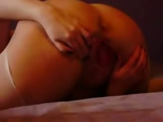 milf squirting a river of pussy juice