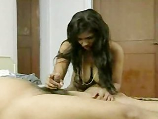 short shlong desi lad trying to please wife with
