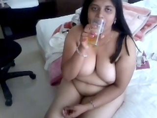 indian aunty 7707