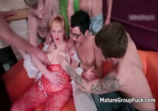 group of young boyz fucking a lascivious old part2