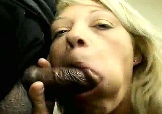 older golden-haired fucking in threesome